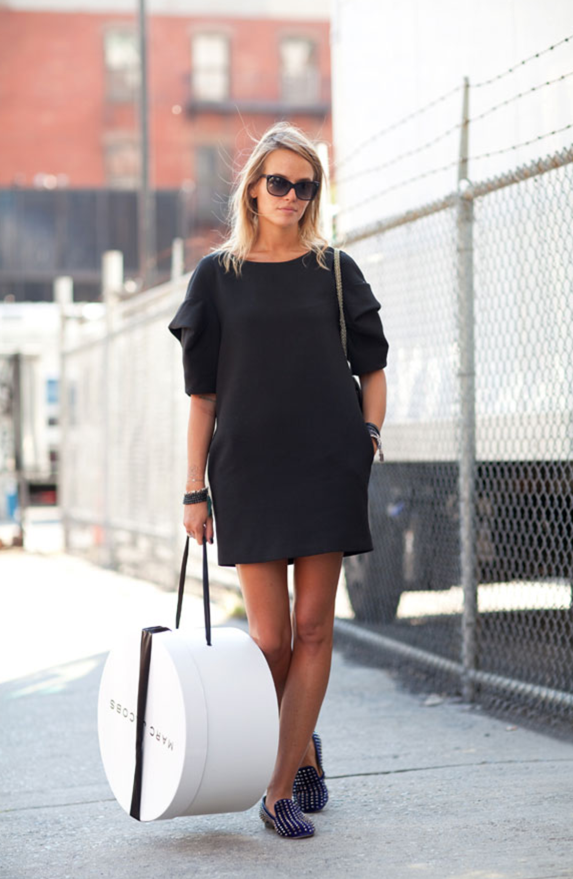 t shirt dress with heels